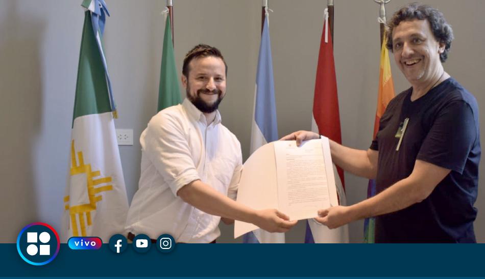Charla en vivo del arquitecto Solano Benítez con el Presidente del Concejo Agustín Romero
