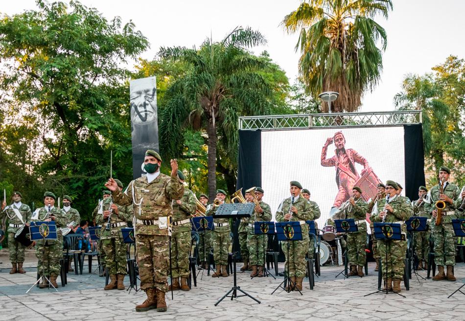"""La Ciudad de Resistencia y el Regimiento de Patricios homenajearon al """"Tambor de Tacuarí"""""""